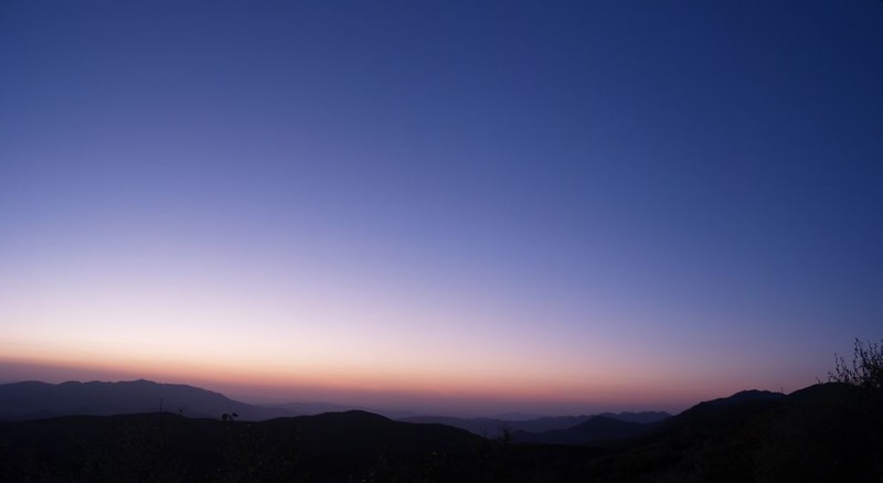 Sunrise from our campsite above the Pacific Crest Trail