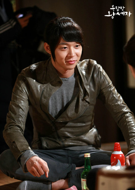 ... Fever: Micky Yoochun as Lee Gak / Yong Tae Yong in Rooftop Prince