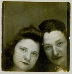 Photobooth pair of women