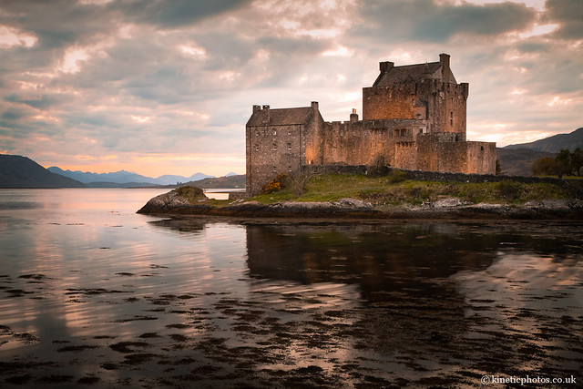 Eilean Donan Castle, around sunset [IMG_2249_HDR]