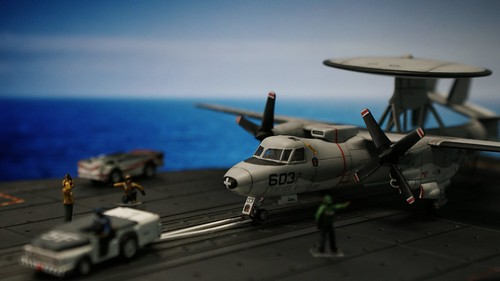 Revell 1/144 - E-2C Hawkeye - Ready to launch by AntSizedMan