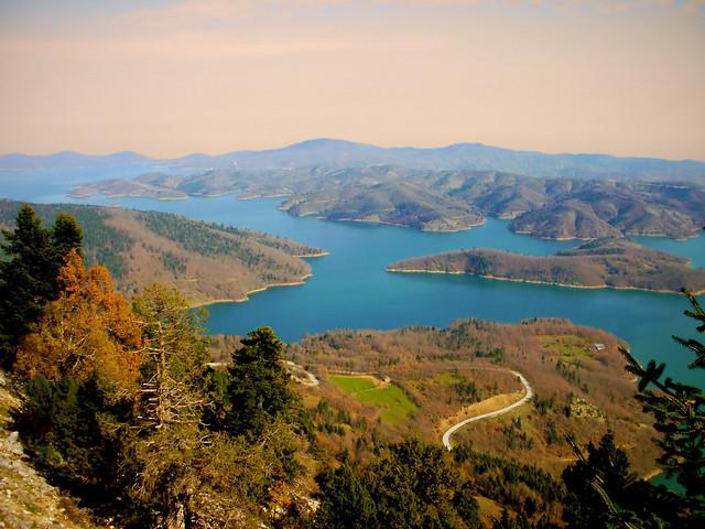 Λίμνη Πλαστήρα...