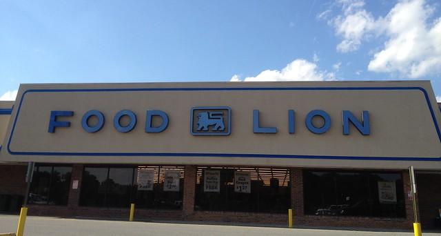 Food Lion Grocery Store Oak Island Nc