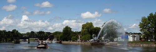 tugboat hudsonriver panarama waterspout eriecanal mohawkriver waterfordny historicamericanwaterways2012