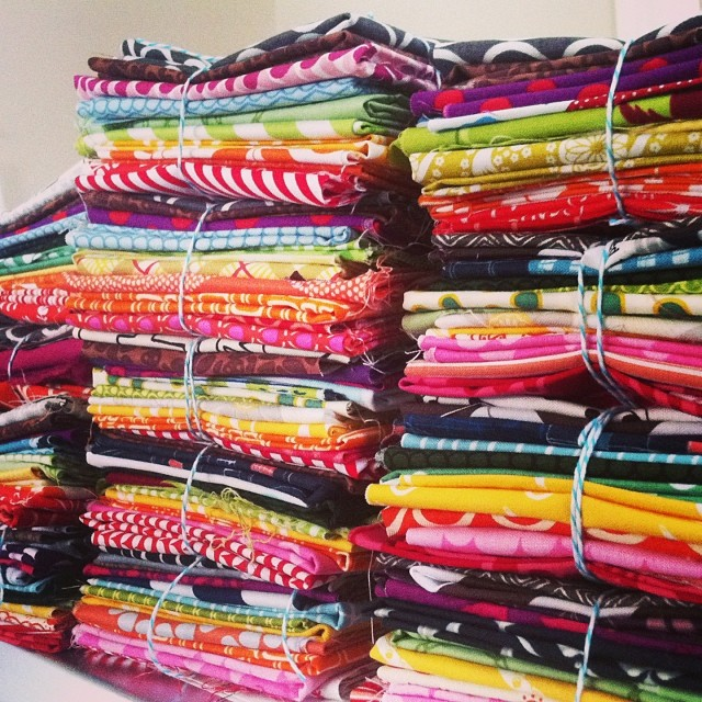 Making #rainbow bundles for my fabric destash! Hoping to list these tomorrow!! #thegreatfabricdestash