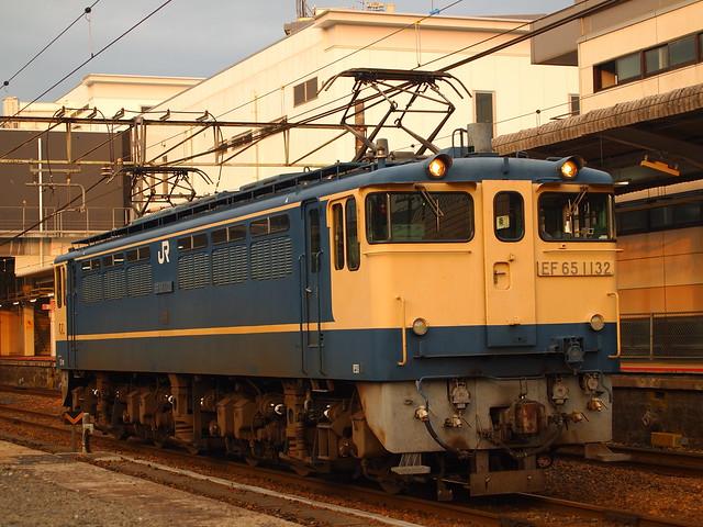 単9363レ EF65 1132