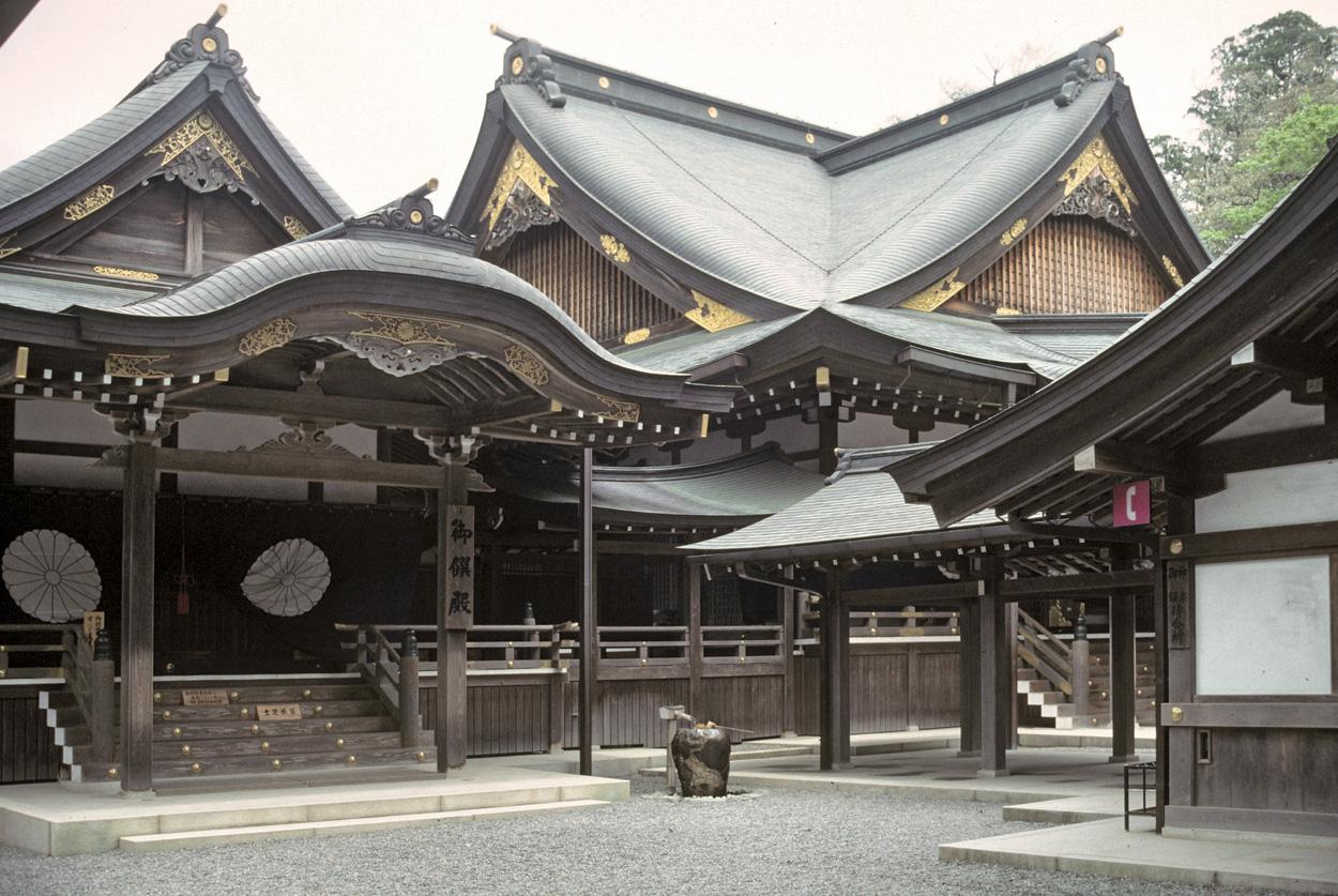 Ise-Grand-Shrine-5