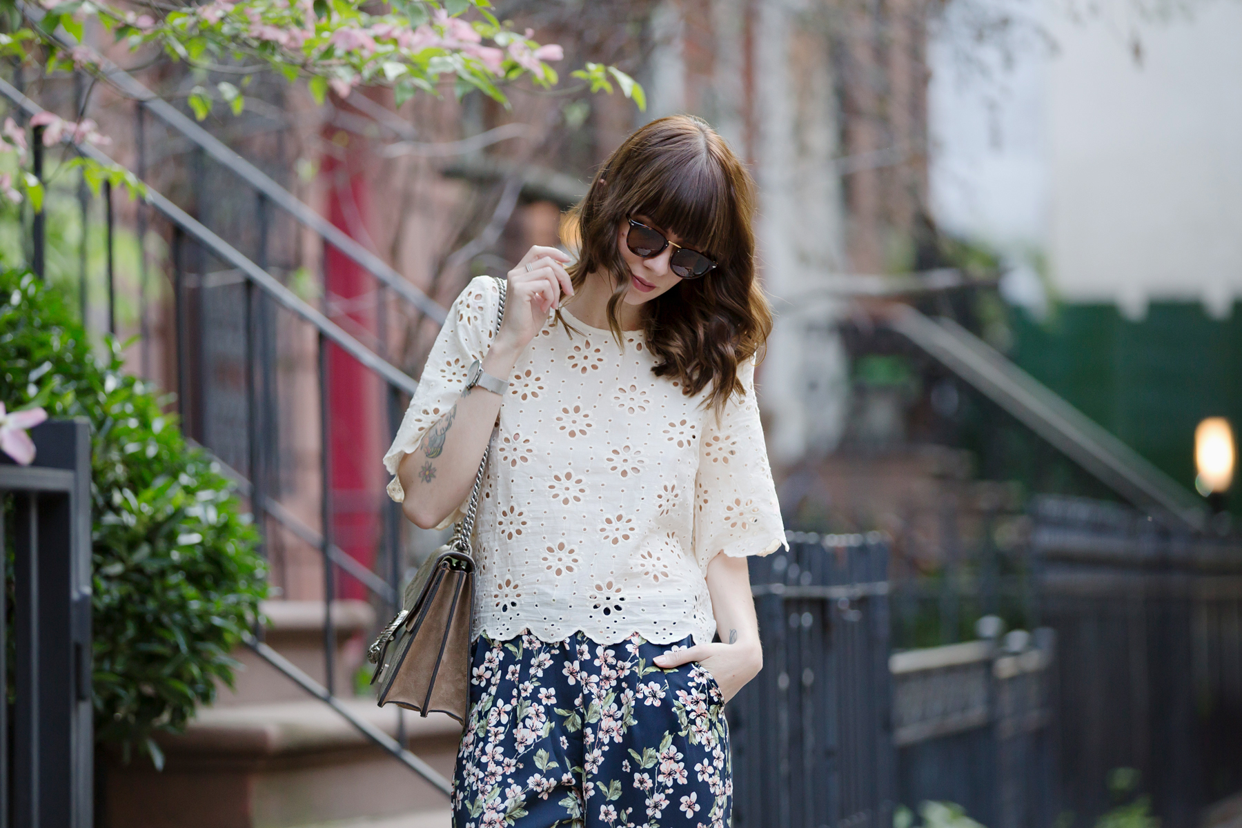 new york city streetstyle fashion fashionblogger mint&berry persol mister spex gucci dionysus luxury fashion styling look summer flowers floral cats & dogs modeblog ricarda schernus fashionblogger germany 2