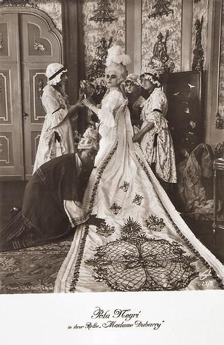 Pola Negri in Madame Dubarry