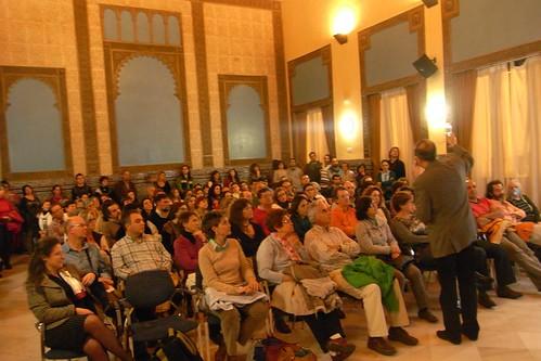Público asistente a la conferencia de Nicolas Olea.