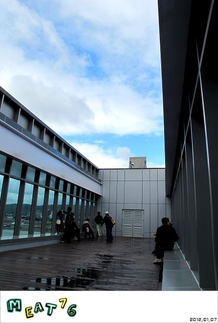 【遊樂台北】松山機場|眼前的起降輸給天倫同樂的感動與情侶的氛圍感染20.jpg