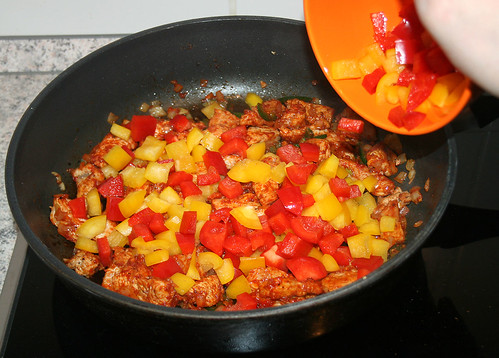 25 - Paprika dazu / Add paprika