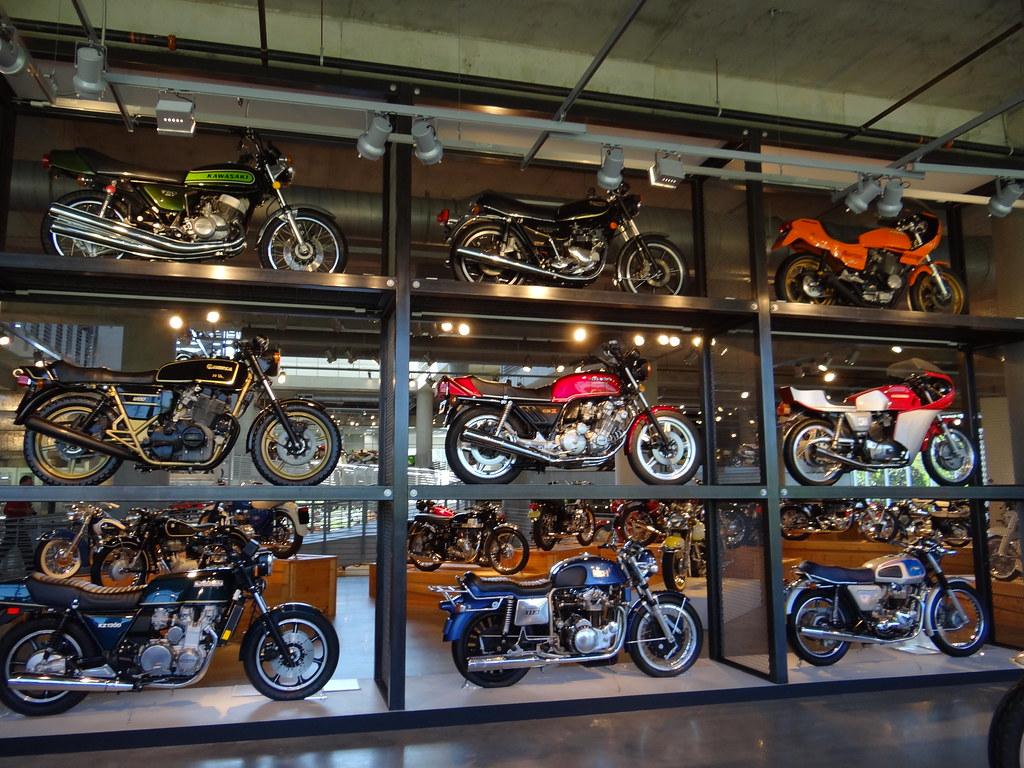 Barber Vintage Motorsports : Barber Vintage Motorsports Museum - a photo on Flickriver