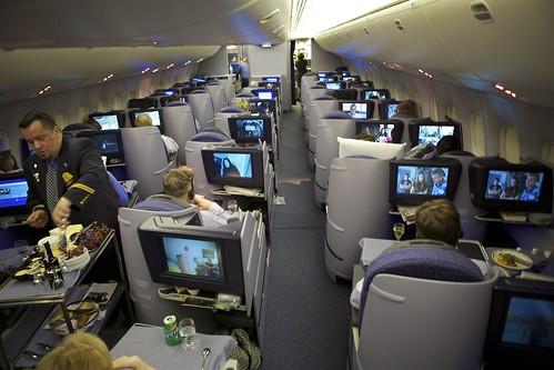 united 767 400 business class online