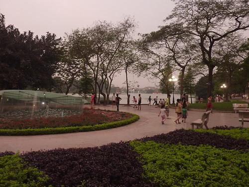 Hanoi 12-Lake (8)