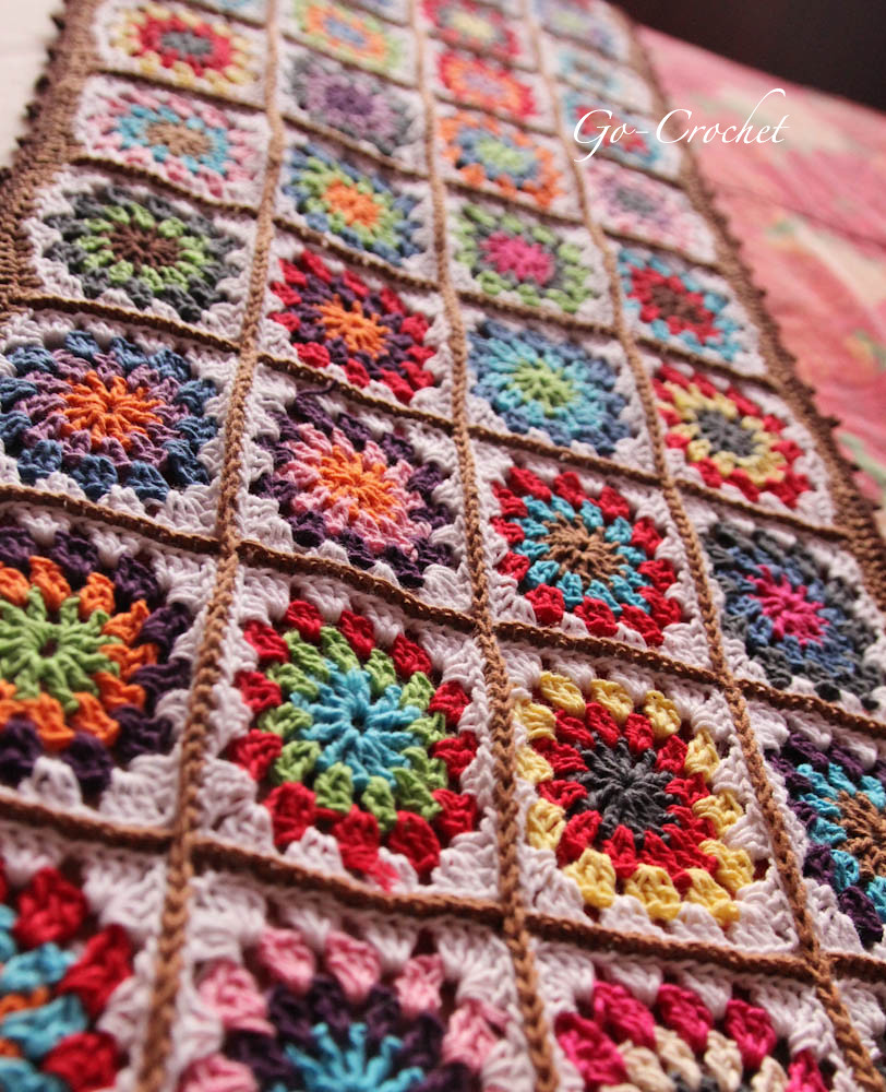 (Granny Square) Tablecloth