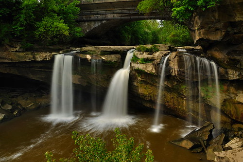 longexposure nature waterfall nikon blackriver urbanwaterfall circularpolarizer ndfilter westfalls ohiowaterfall elyriaohio nikond90