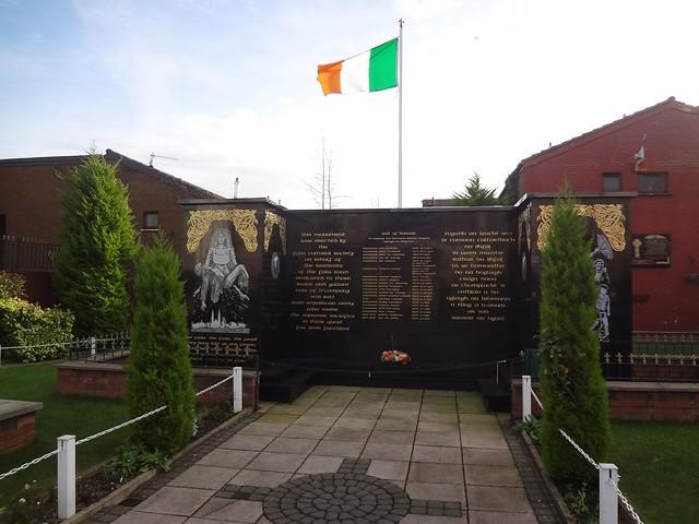 Jardim da Memória, Bairro Católico de Falls em Belfast