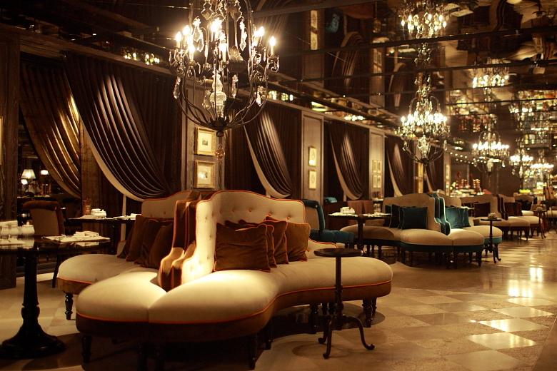 restaurant002.JPG