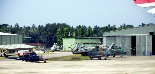 Bell HU-1 & Mil Mi-17 Sri Lanka Air Force