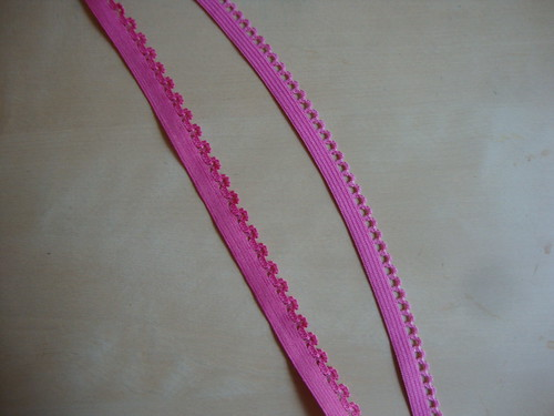 what is the edge on the elastic on the left called??