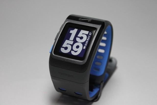 http://ipodtouchlab.com/imgs11/nike_plus_sportwatch_gps_blue_0.jpg