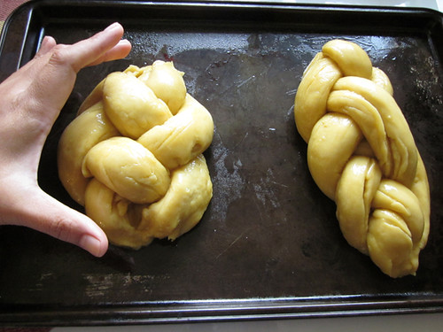 Daring Bakers May: Challah bread