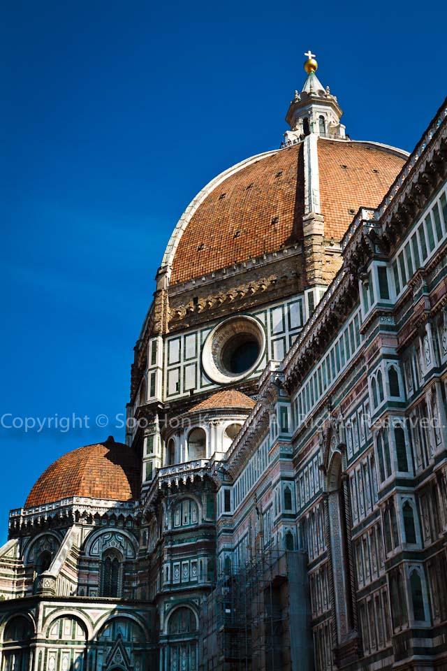 The Dome - Basilica di Santa Maria del Fiore @ Florence, Italy