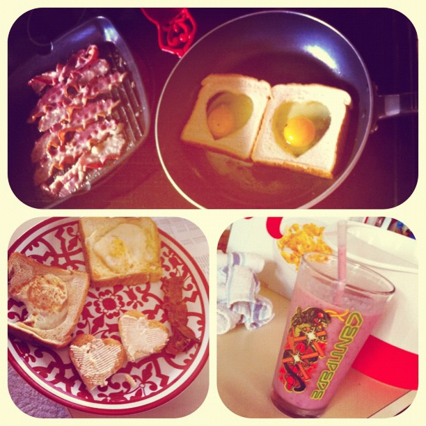 Went for another 2.5 miles today w Bri! I made him heart toast and eggs ❤ and a smoothie (and a few pcs of bacon ) for me!