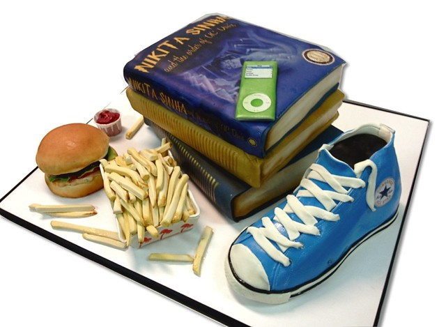 books: burger graduation-cake