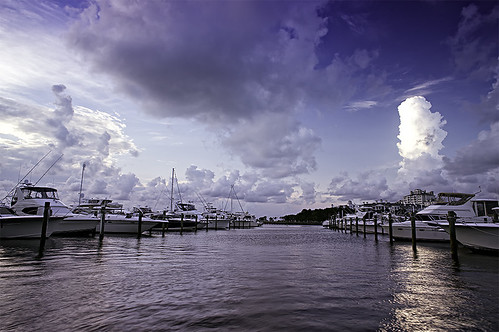 sunset clouds boats bay florida harbour sony ships wideangle destin 16mm sandestin miramarbeach lazzara baytownemarina nex5n