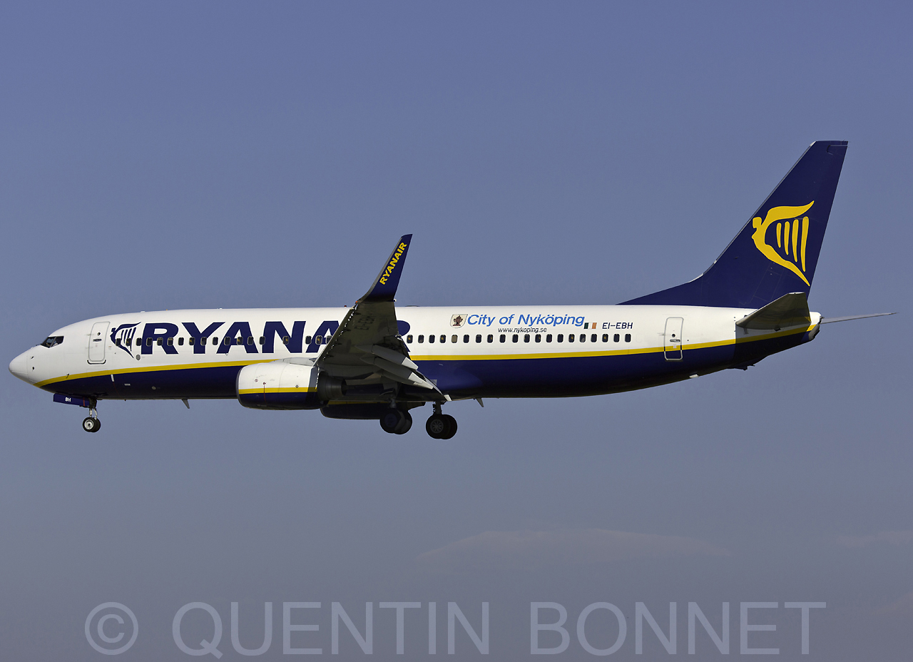 Ryanair Boeing 737-8AS(WL) EI-EBH