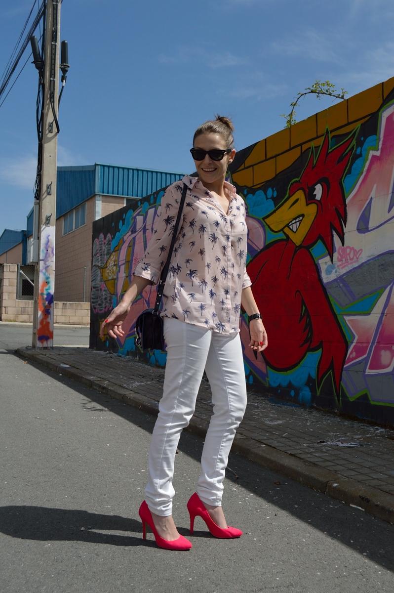 lara-vazquez-madlula-blog-style-fashion-trends-spring-white-look-pop-of-pink