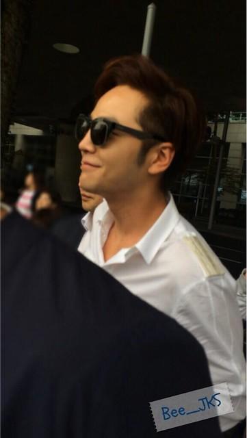 [Pics-2] JKS returned from Beijing to Seoul_20140427 14035589754_9696deebb8_z
