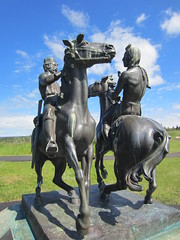 Fort Walsh: brass statue of NWMP officer and Indian chief greeting each other