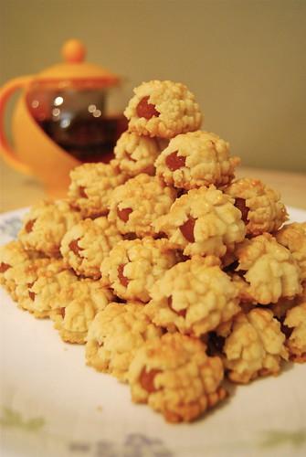 Nyonya Pineapple Cookies by klarmane