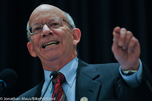 Rep Peter DeFazio at opening plenary-2