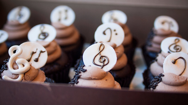 music note cupcakes