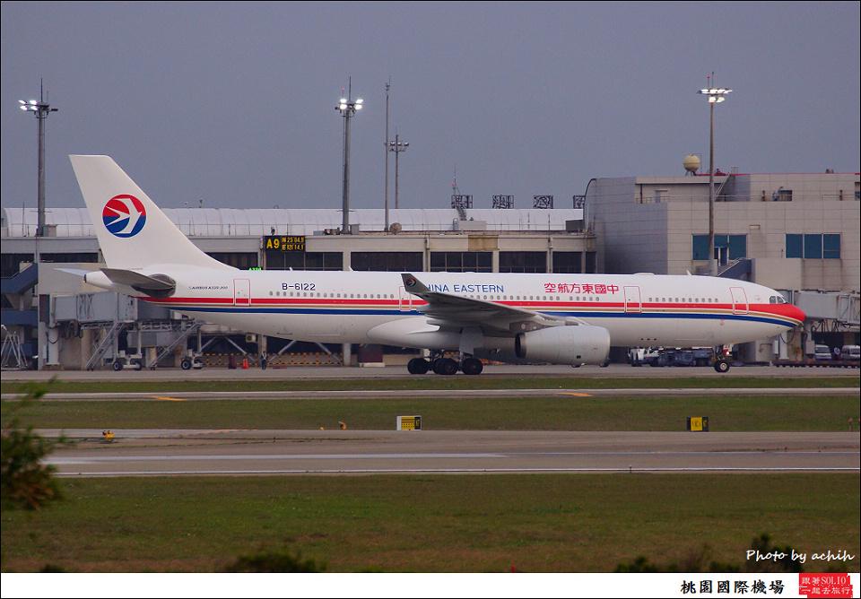 中國東方航空B-6122客機001