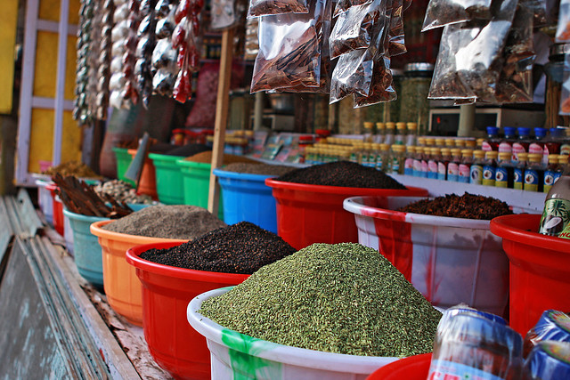 The colourful markets Kutralam