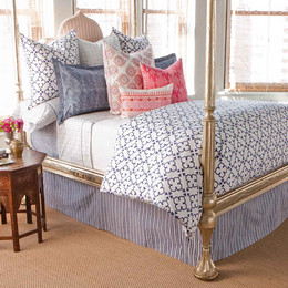Pipal_Indigo_Bed_Sideview1m