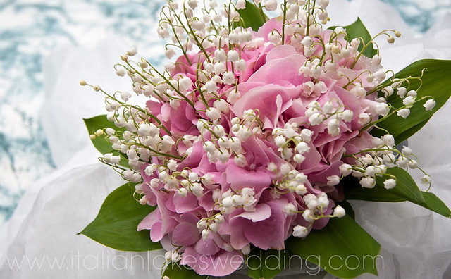 Lily-of-the-valley-bridal-bouquet.jpg