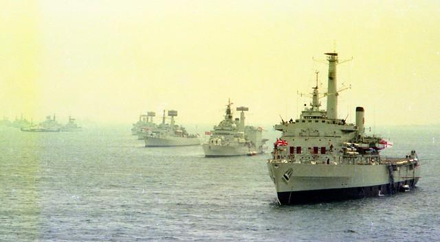 HMS Fearless (L10) HMS Tiger (C20) HMS Glamorgan (D19) HMS Fife (D20) HMS Kent (D12) Silver Jubilee Spithead Fleet Review from HMS Hermes (R12) 1977