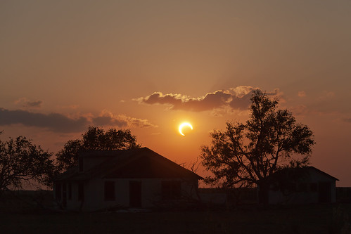 sunset sun moon eclipse tx crescent astronomy nm solareclipse annulareclipse lubbocklunacy