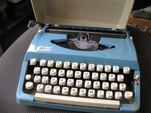 KMart 100 typewriter