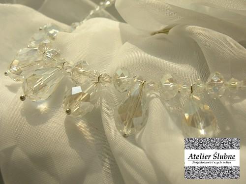 naszyjnik z kryształowymi łezkami