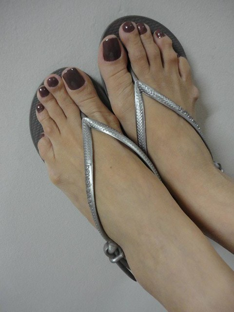 Sexy long toes pictures