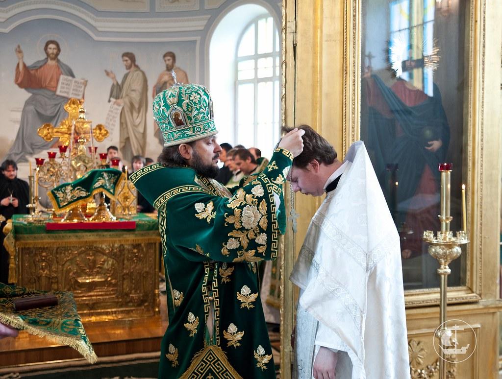 3 июня 2012, Божественная Литургия в день Св. Троицы