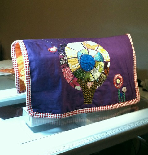 My sewing machine cover by rosesrblu
