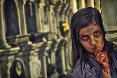 [フリー画像素材] グラフィック, フォトレタッチ, 人物, 子供 - 女の子, 静かに!・しーっ!・秘密, ゾンビ ID:201206151600